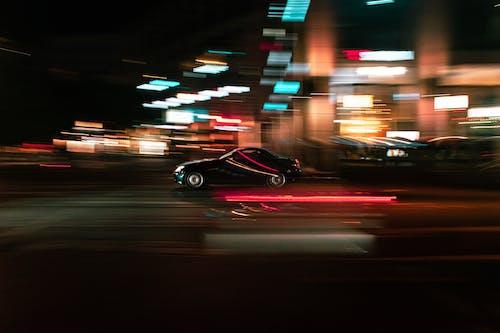 Безкоштовне стокове фото на тему «автомобіль, вечір, довга експозиція, Міський»