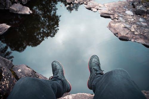 Immagine gratuita di acqua, avventura, calzature, esterno