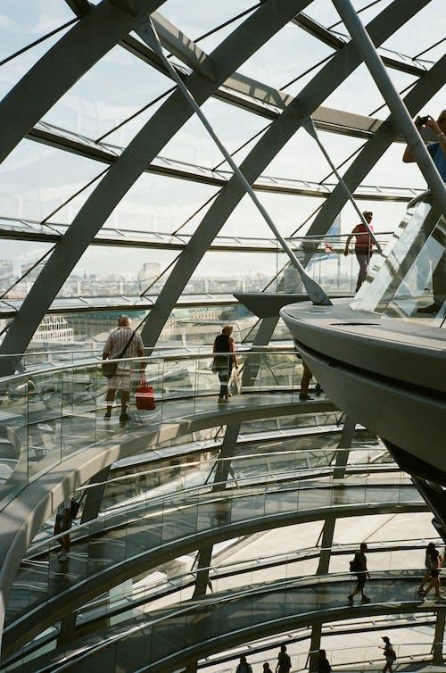 Photos gratuites de à l'intérieur, acier, architecture, architecture moderne