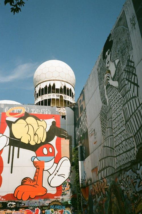 Foto profissional grátis de ao ar livre, arquitetura, arte de parede, construção