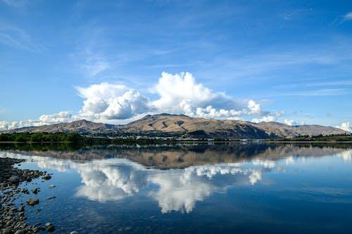 güzel manzara, yansımalar içeren Ücretsiz stok fotoğraf