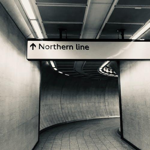 Gratis lagerfoto af london underjordiske, monokromatisk