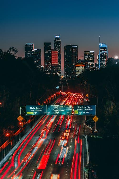 Fotos de stock gratuitas de anochecer, autopista, cámara rápida, carretera