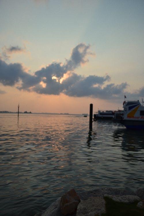 Endonezya, koy, liman, yolcu gemisi içeren Ücretsiz stok fotoğraf