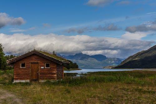 Foto profissional grátis de cabana, fiorde, foto da manhã, ilhas lofoten