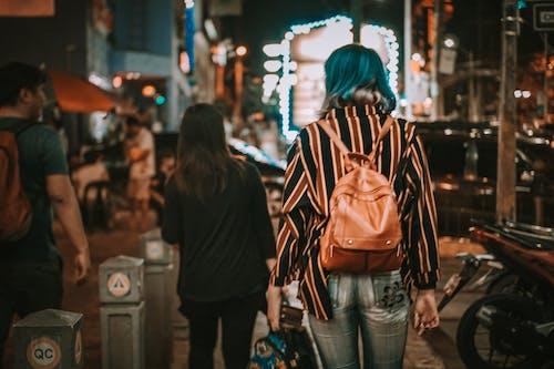 Immagine gratuita di camminare, notte, passeggiare