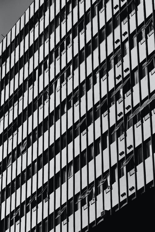 Black and White Photo of a Building