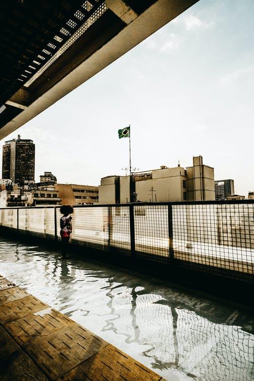 シティ, 人, 反射, 壁の無料の写真素材