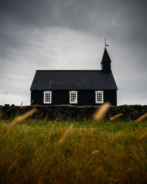 Immagine gratuita di abbandonato, architettura, campagna, chiesa