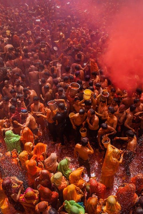 Kostnadsfri bild av bar överkropp, ceremoni, färg, färgad rök