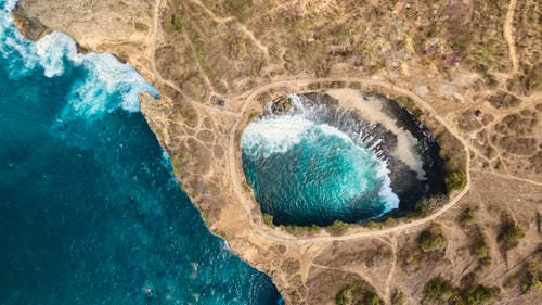 Безкоштовне стокове фото на тему «Аерофотозйомка, берег, берег моря, вид зверху»