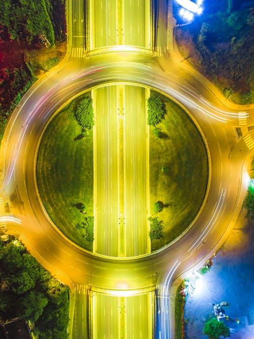 Gratis arkivbilde med arkitektur, asfalt, design, dronefotografi