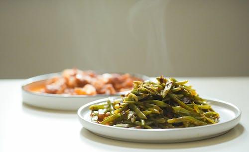 Безкоштовне стокове фото на тему «їжа, апетитний, білих пластин, гаряча їжа»