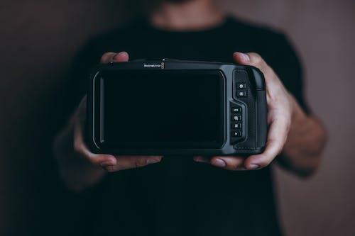 Photos gratuites de à l'intérieur, appareil digital, appareil numérique, appareil photo