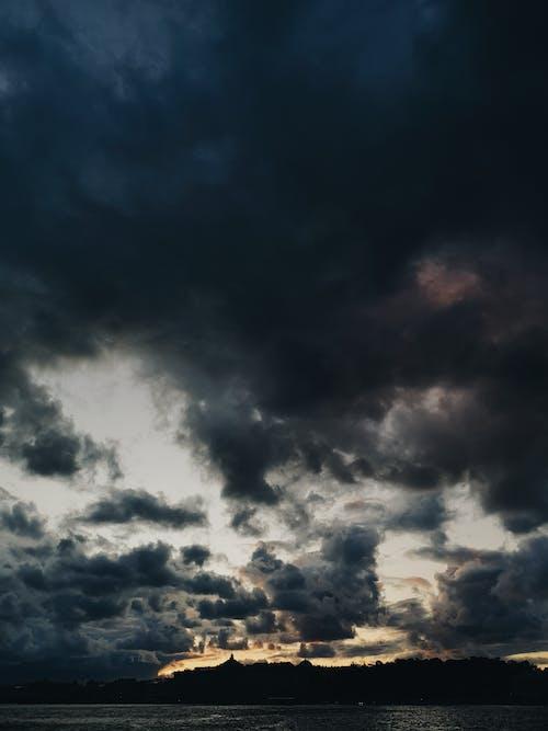 bulut, gün batımı gökyüzü içeren Ücretsiz stok fotoğraf