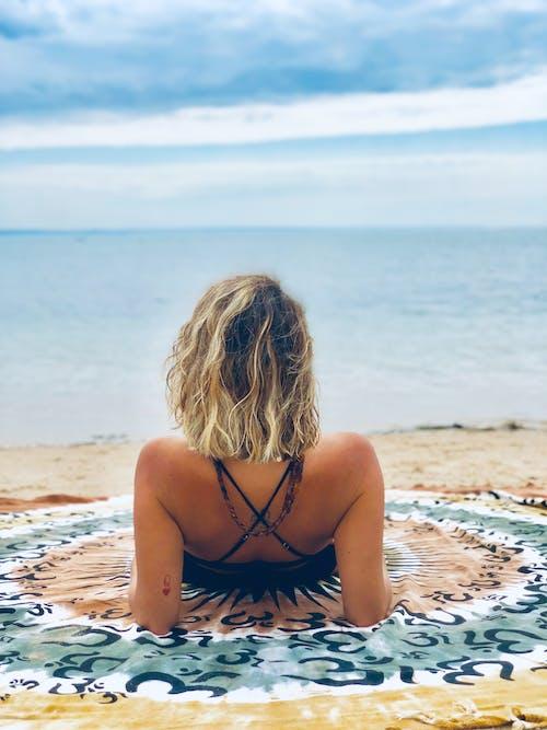 Foto d'estoc gratuïta de amor, estiu, felicitat, pau