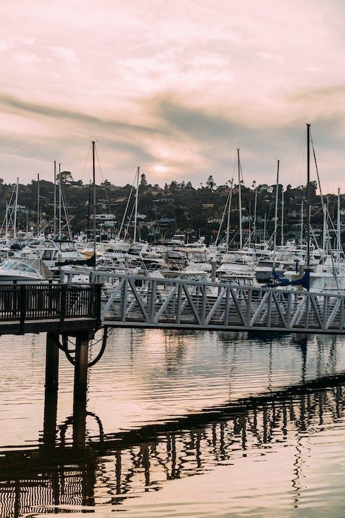 Kostnadsfri bild av båtar, bro, brygga, hamn