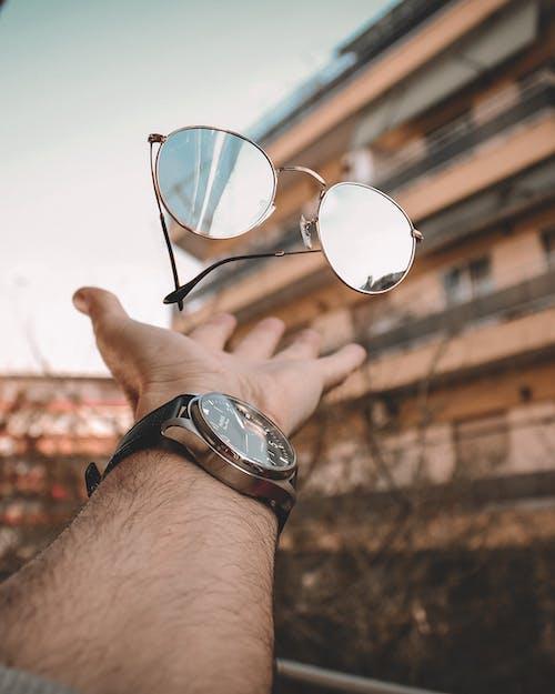 アイウェア, カラフルなサングラス, 浮上, 眼鏡の無料の写真素材