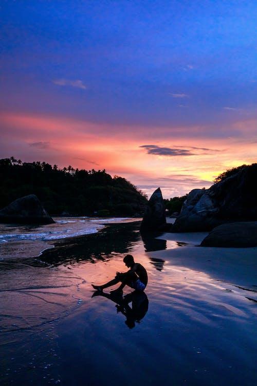 ビーチ, 女性, 愛の無料の写真素材