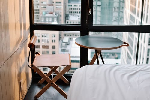 Ingyenes stockfotó asztal, beltéri, bútor, hotel témában