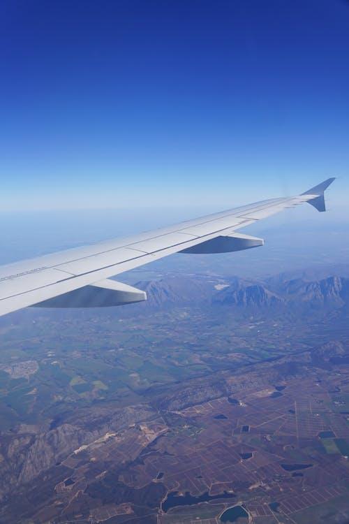 Gratis arkivbilde med arie van ravenswaay, fjell, flyging, klar himmel