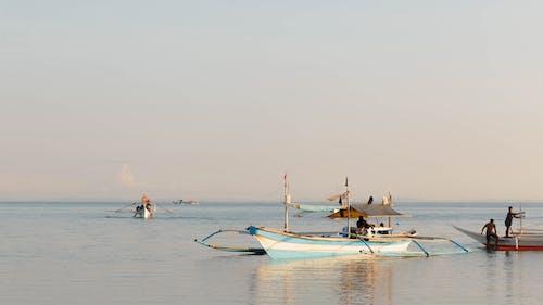 Бесплатное стоковое фото с атлантический океан, восход, голубой, лодка