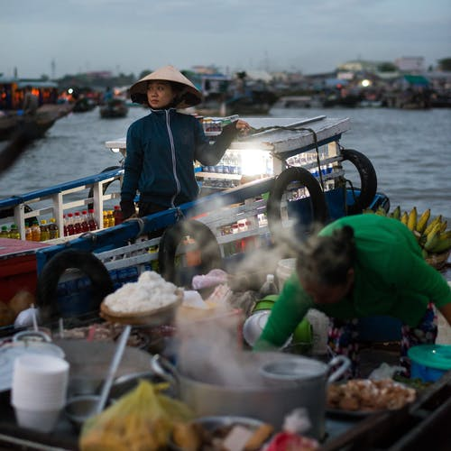 Immagine gratuita di acqua, adulto, assortito, barca da pesca