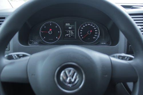 Základová fotografie zdarma na téma auto, interiér vozu, volkswagen