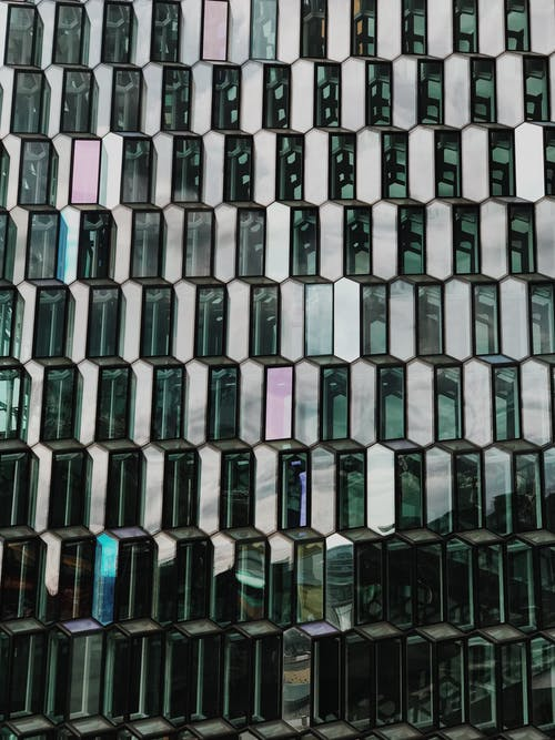 Immagine gratuita di architettura, bicchiere, coperto, finestre