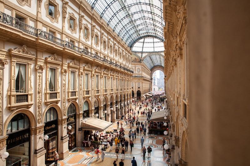 Milan-card-img