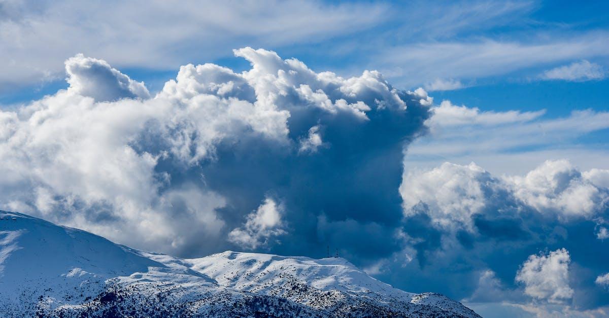 картинка выше облаков в горах