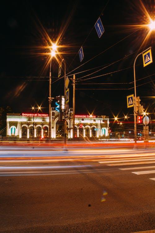 Δωρεάν στοκ φωτογραφιών με απόγευμα, αστέρι, αστικός, αυτοκίνητα