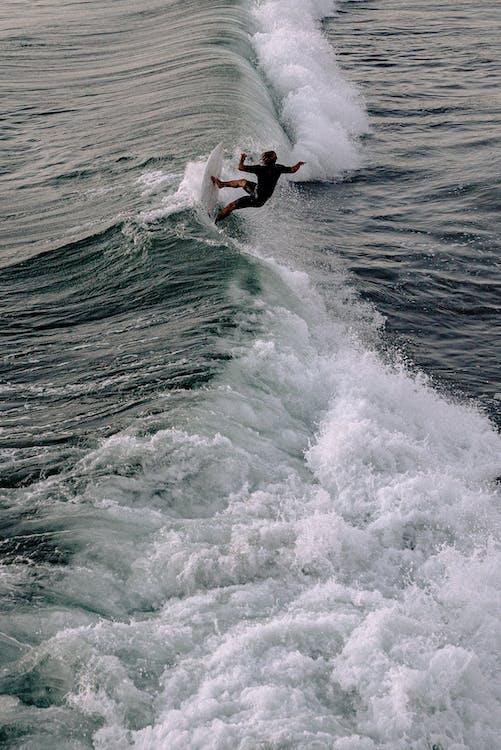 acqua, avventura, azione