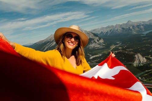 亞伯達省, 加拿大, 加拿大国旗, 墨鏡 的 免费素材照片