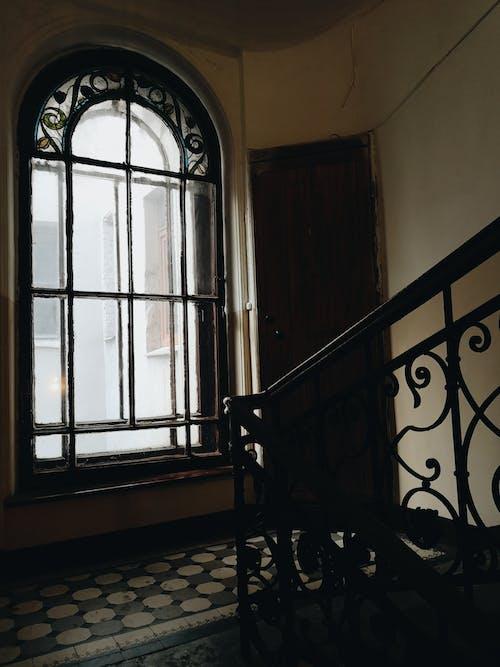 camlar, merdivenler, vitray içeren Ücretsiz stok fotoğraf