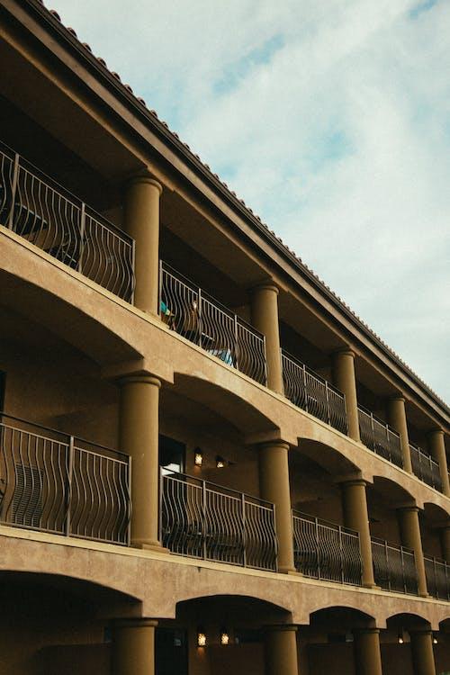 Fotobanka sbezplatnými fotkami na tému architektonický dizajn, architektúra, betón, betónová konštrukcia
