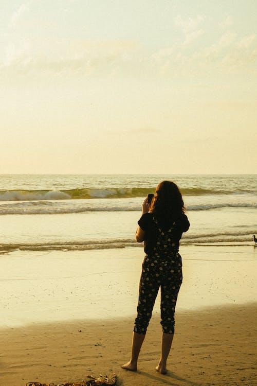 Foto stok gratis air, bertelanjang kaki, di luar rumah, horison