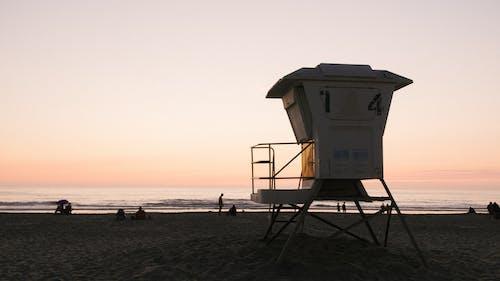 Kostnadsfri bild av fritid, gryning, havsstrand, livräddare