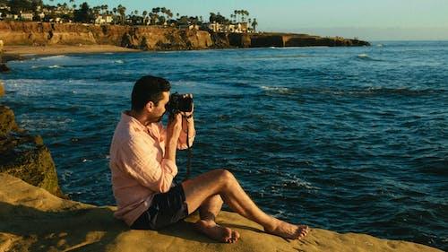 Immagine gratuita di mare, oceano, persona, scattare foto