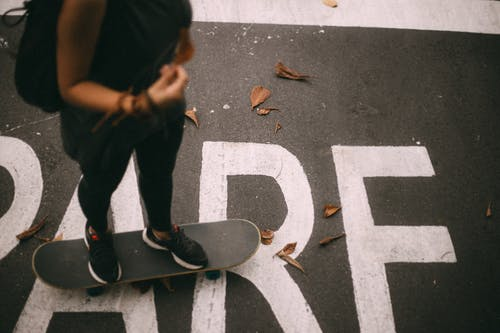 アクション, アダルト, おとこ, スケートの無料の写真素材