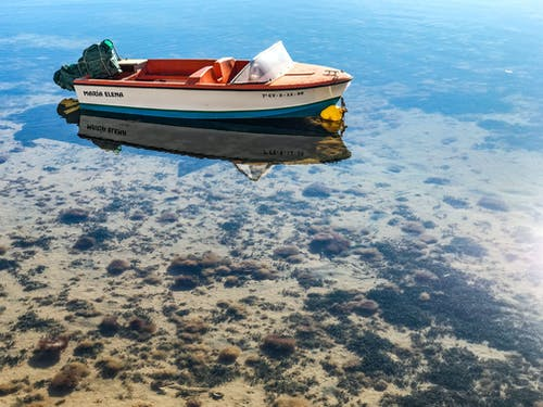 deniz, deniz kıyısı, deniz yatağı, motorlu tekne içeren Ücretsiz stok fotoğraf
