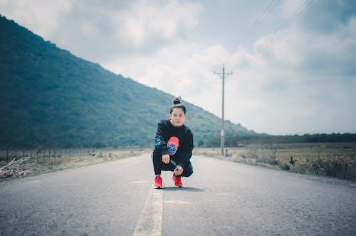 Základová fotografie zdarma na téma atletka, cô gái, cô gái châu á