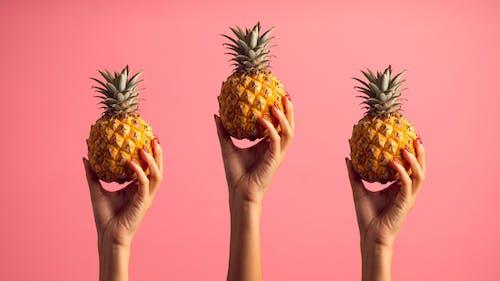 Photos gratuites de agrumes, ananas, arrière-plan rose, fond d'écran