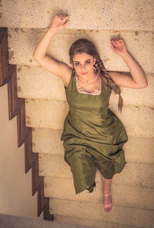 Ảnh lưu trữ miễn phí về cầu thang, con gái, mô hình, sắc đẹp