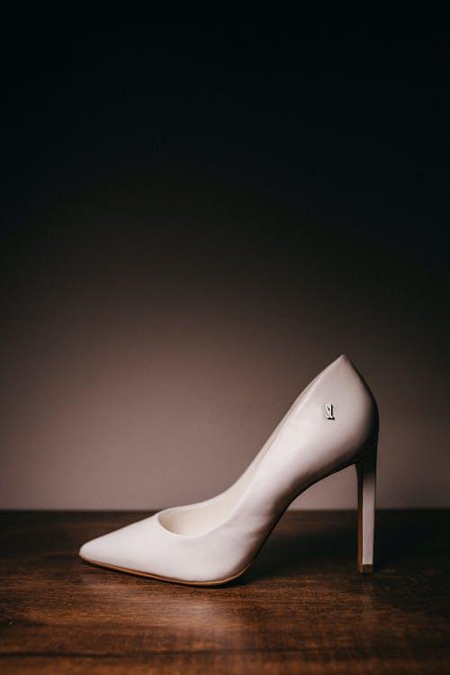 Women's White Leather Shoe