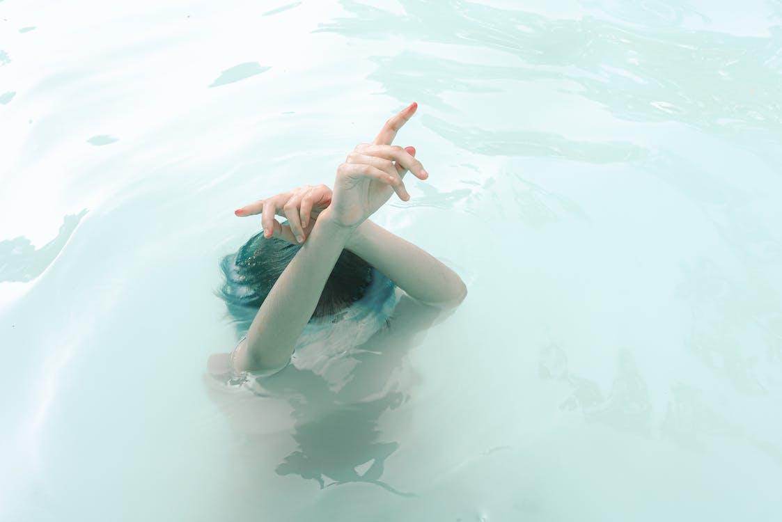 água, dedos, diversão