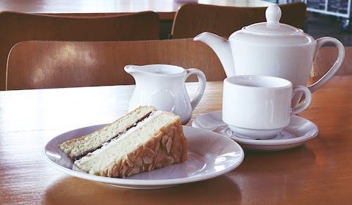 Fotos de stock gratuitas de cafetería, comida, comiendo fuera, mesa