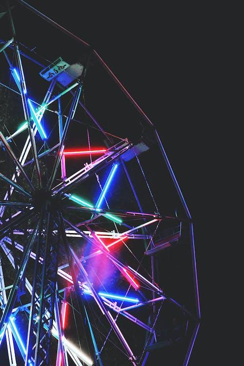 Immagine gratuita di bel tempo, luci al neon, luci della notte, ruota panoramica