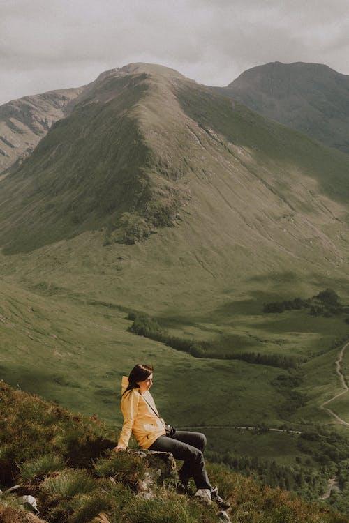 Foto d'estoc gratuïta de a l'aire lliure, aventura, caminada, esbarjo