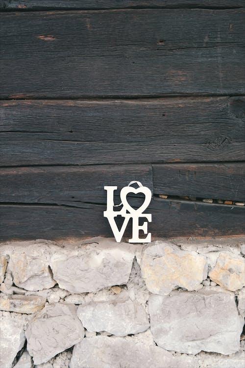 Fotos de stock gratuitas de amor, áspero, bosque, corazón